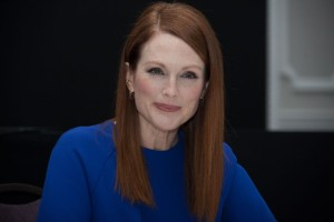 julianne-moore-the-hunger-games-mockingjay-part-1-press-conference-portraits_4